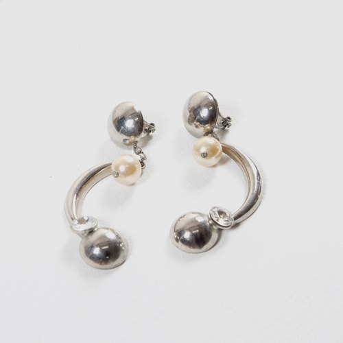 [Egg Plant Vintage] Fallen Curved Vintage Clip-On Antique Earrings