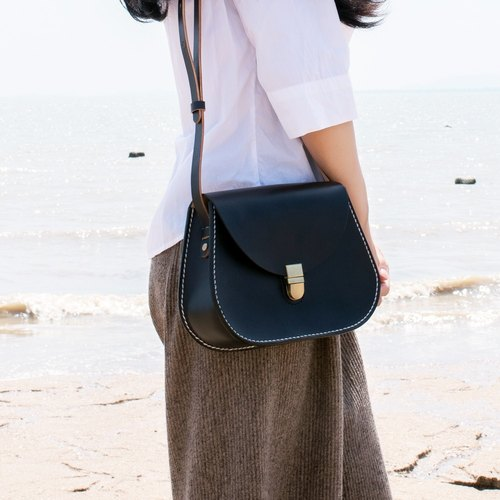[Tangentialism] Pure hand-dyed hand-sewn vegetable tanned leather saddle bag ladies shoulder bag - pure black series
