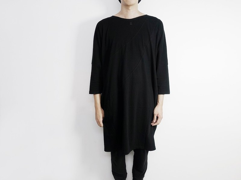 I. A. N Design black version type clothing (First Yishi Wu) Organic Cotton