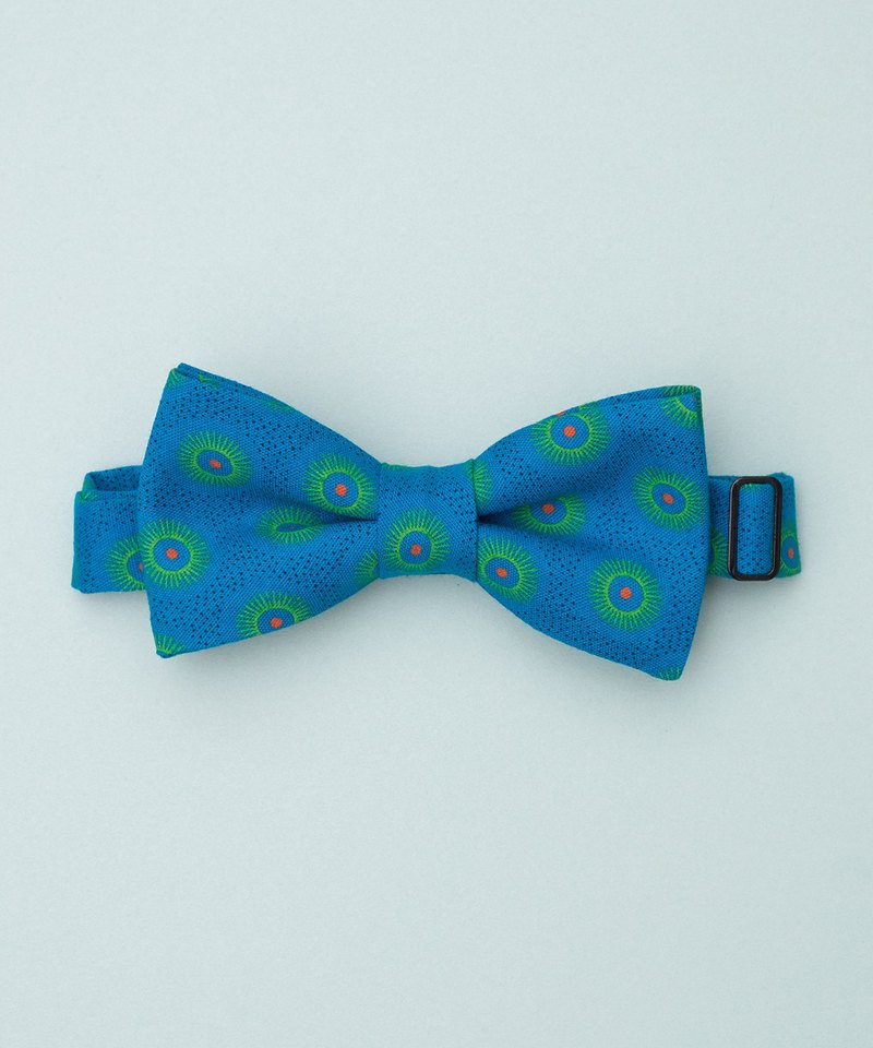 ORANGE DOT ON BLUE BOW TIE