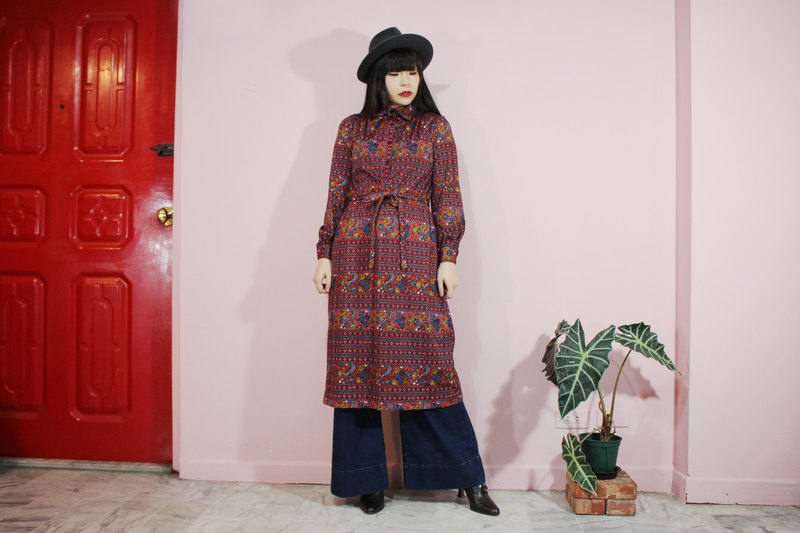 Vintage dress (Japanese standard) Red pattern waistband long-sleeved Japanese vintage dress (Made in Japan)
