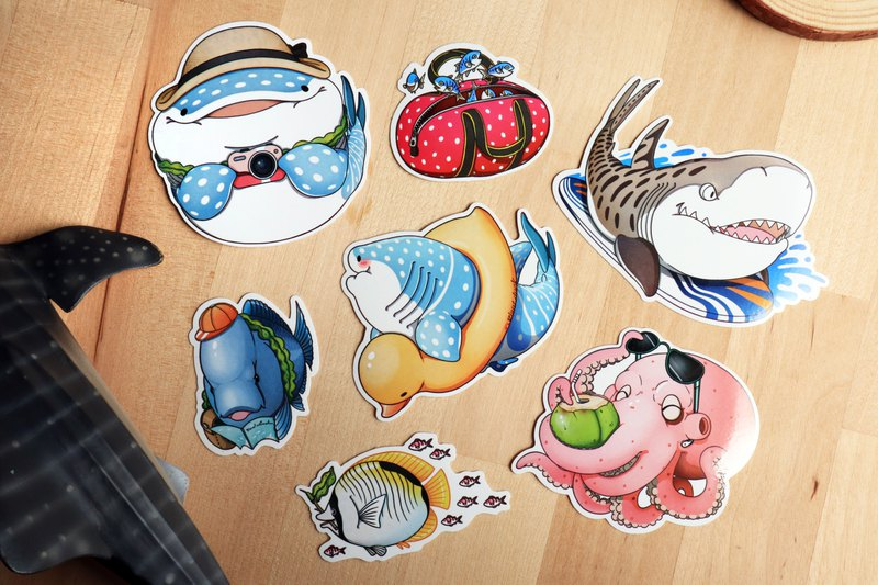 Tofu shark little spot whale shark summer travel articles (7 in) (sticker / whale shark / shark)