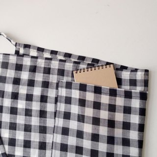 Black & White Gingham Linen Pocket Apron