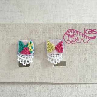 "Hand embroidery earring""Spring color square""[order-receiving production]"