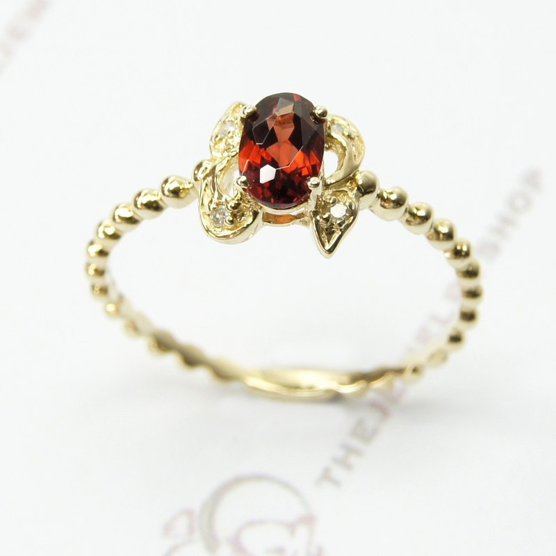 14K Yellow gold Oval Red Garnet with diamond Ring / Birthstone
