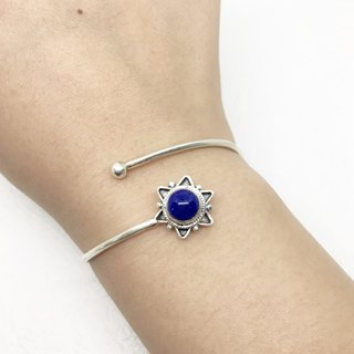 Blue stone 925 sterling silver star design bracelet bracelet Nepal handmade mosaic production