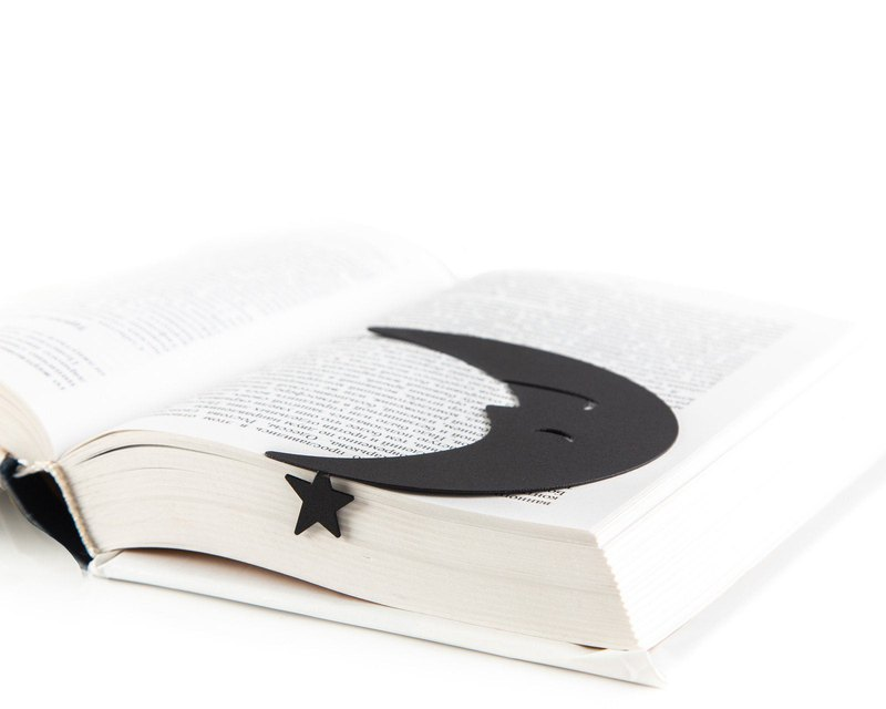 Good reading night bookmark // Half moon and a star // Free shipping worldwide /