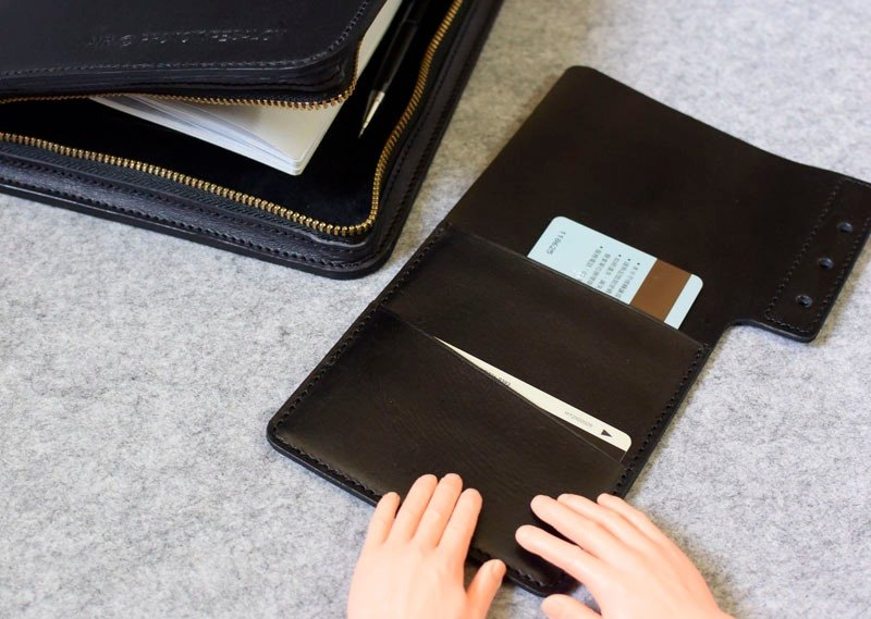 YOURS handmade leather zippered black loose-leaf notebook A5size personalized special paragraph gray-blue leather +