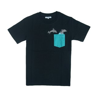 Dosquare - Cotton Black Pocket T-shirt (Dolphin)