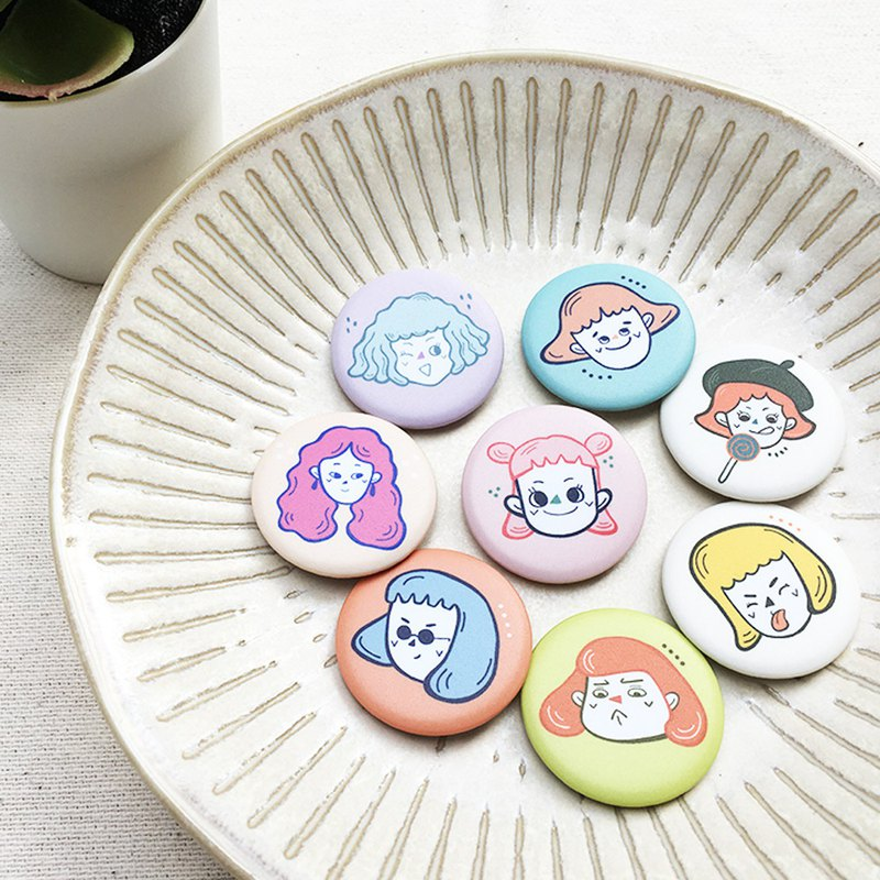 Any two models, I am a girl badge, a total of 8 matte faces (when the order is placed, which two styles are required)