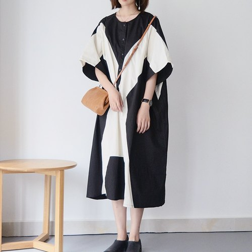 Linen black and white irregular stitching in the long skirt | long skirt | big robe | independent brand | Sora