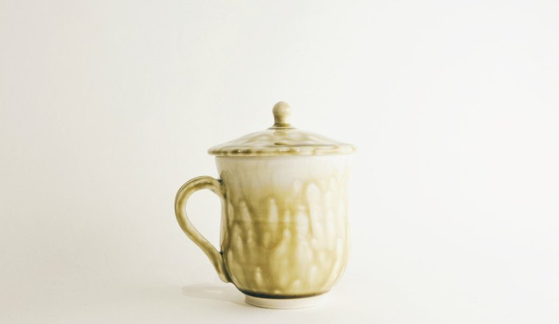 Exclusive-Chau.pottery Porcelain Cup (Yellow)