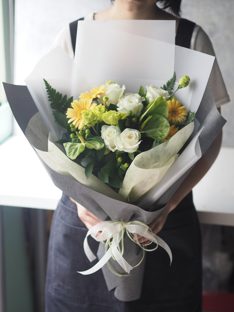 Fresh yellow-green color temperament Bouquet (in)