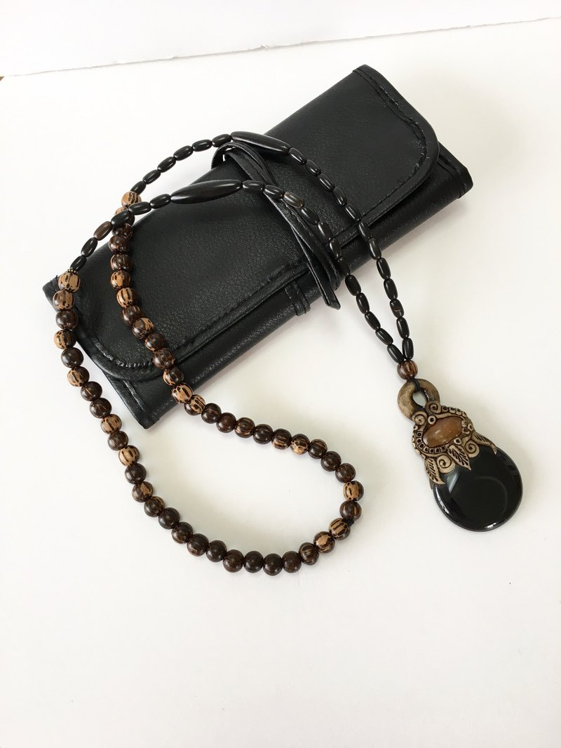 Polymer cry and gemstone necklace Ebony, cow horn