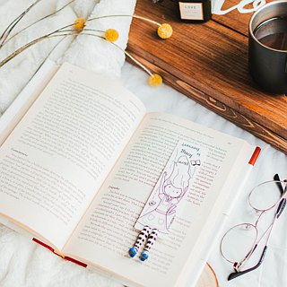 Alice in Wonderland bookmark from authentic MyBookmark