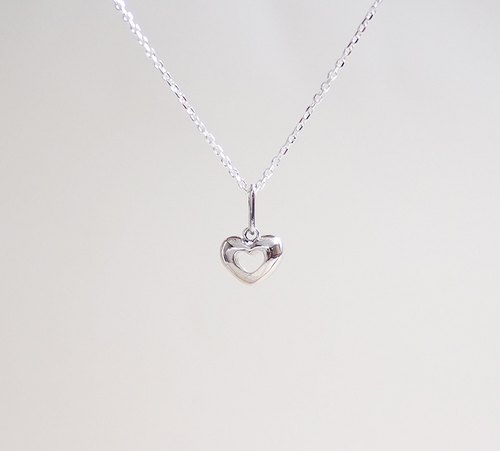Three-dimensional small love clavicle chain hand made 925 sterling silver necklace