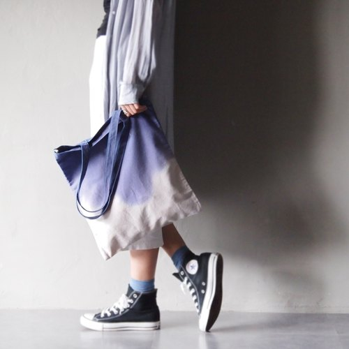 Series purple gradient Ma'pin slogan transfection / short strap hand dyed cotton canvas Tote