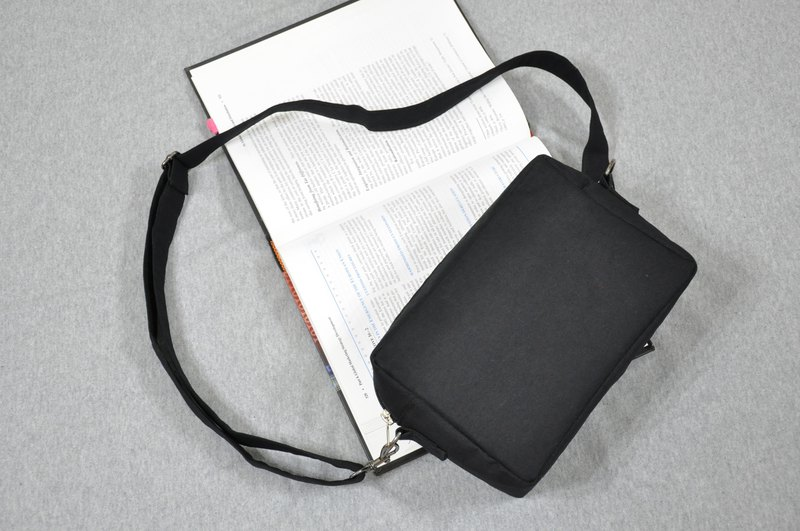 ENDURE/Square Shoulder Bag/Twill Black Cloth