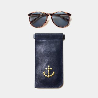 [Captain's eye mask] vegetable tanned leather glasses case navy blue leather sunglasses bag anchor rivet