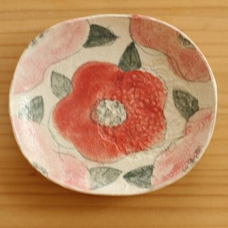 Powder Red flower oval dish of red and pink.