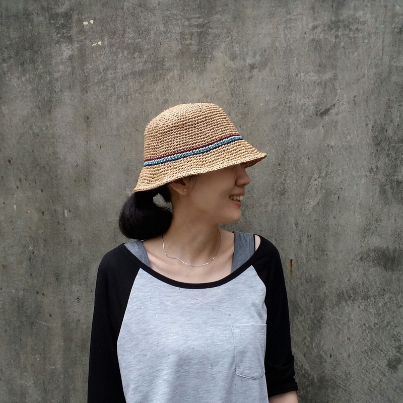 Fisherman straw hat - warm linen color