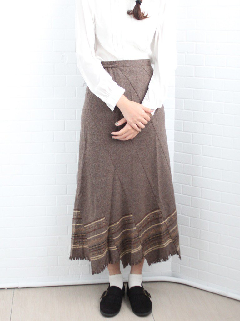 Vintage autumn and winter Japanese forest totem skirt pendulum earth color vintage thin hairy dress