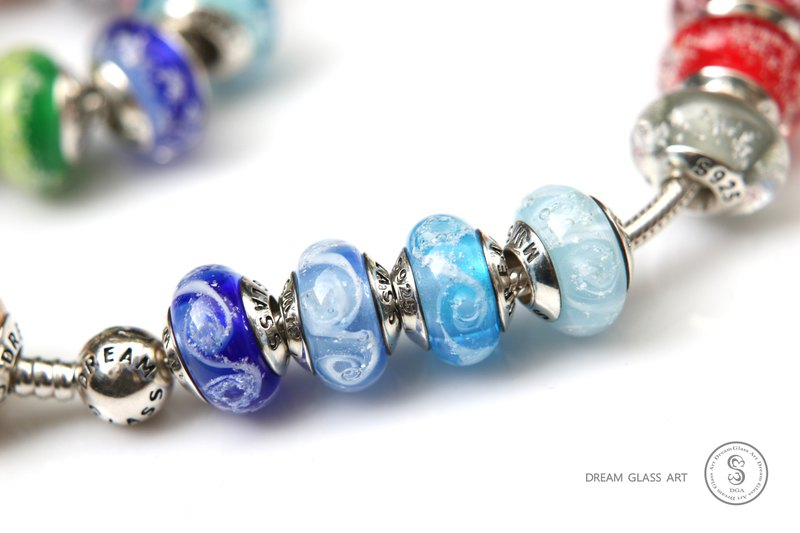 Bone ash glass beads / All major bead brands can be stringed-spiral-Sea blue