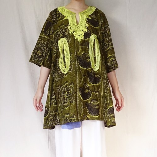 BajuTua / ancient / West African style olive green flower Totem long version of the coat