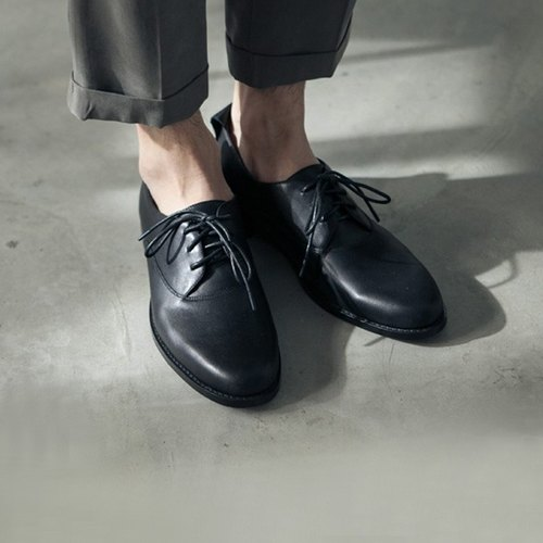Classic college tied leather leather shoes Oxford shoes