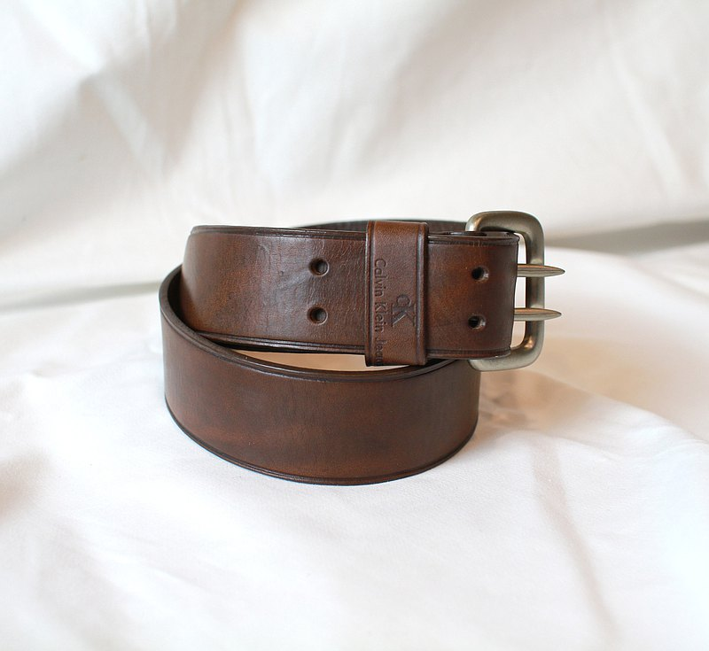 Back to Green-Belt CALVIN KLEIN // vintage belt