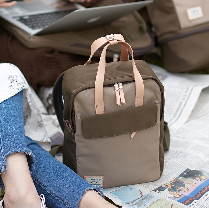 Picnic Backpack (Coffee Green x Khaki) S