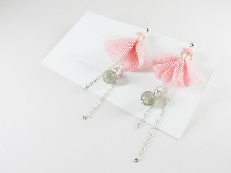 Cute pink natural stone beaded silver earrings │ can be changed to clip pink white 玥 unicorn 925 sterling silver Tibetan silver Moonstone Tanabata Valentine's Day