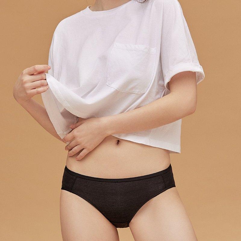 【玳蕾綺】消臭抑菌天絲棉內褲-中腰三角款式(2入) 黑色