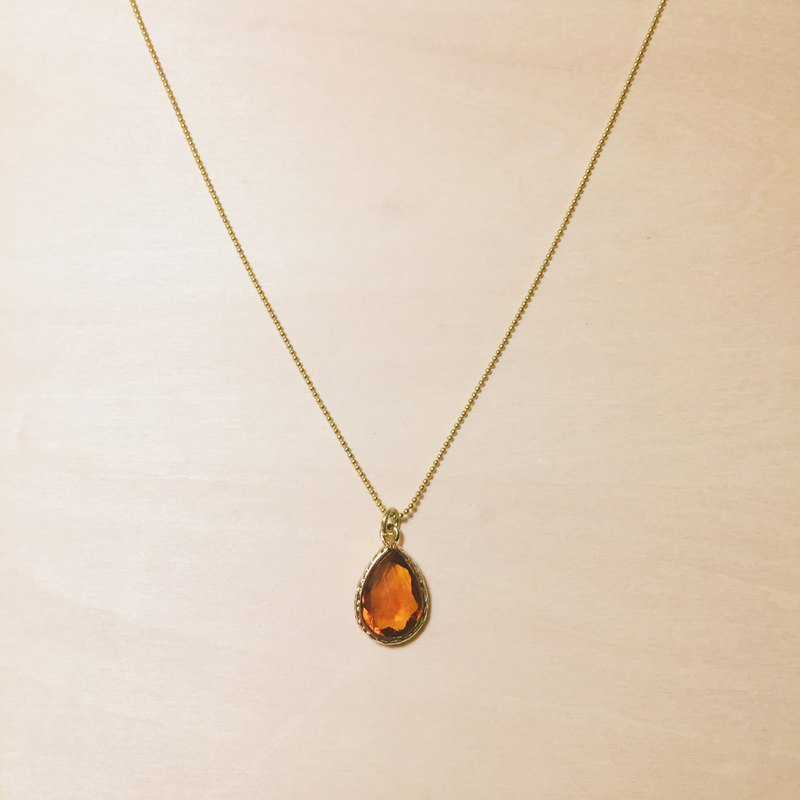 Vintage Phnom Penh carved faceted amber drop necklace