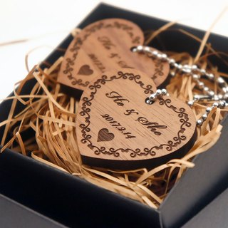 Customized Valentine 's Day gift wedding gift walnut love key ring group