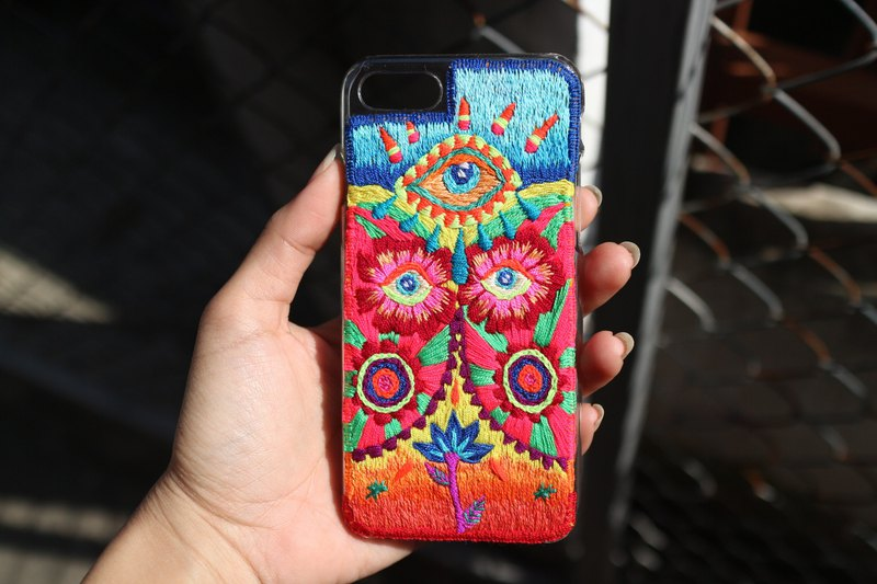 Flowers of winter-Hand Embroidery-Customized Phone cases-Hand Made