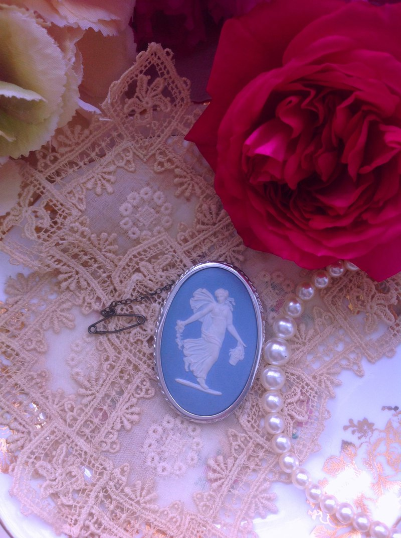 British Wedgwood jasper blue jasper embossed dancing goddess brooch pin specified buyer subscript