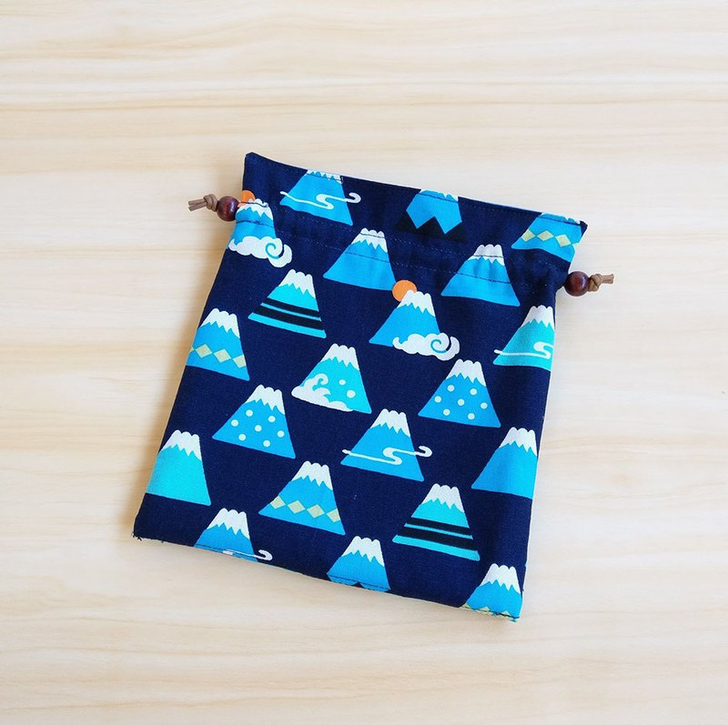 Mt. Fuji (dark blue bottom) beam pocket storage bag cosmetic bag