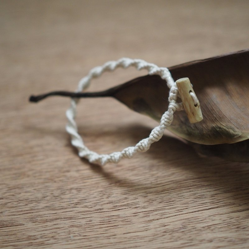 【Weaving small things | Guava branches ornaments series】 white