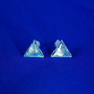 pearl opal earrings (clear/mini triangle)