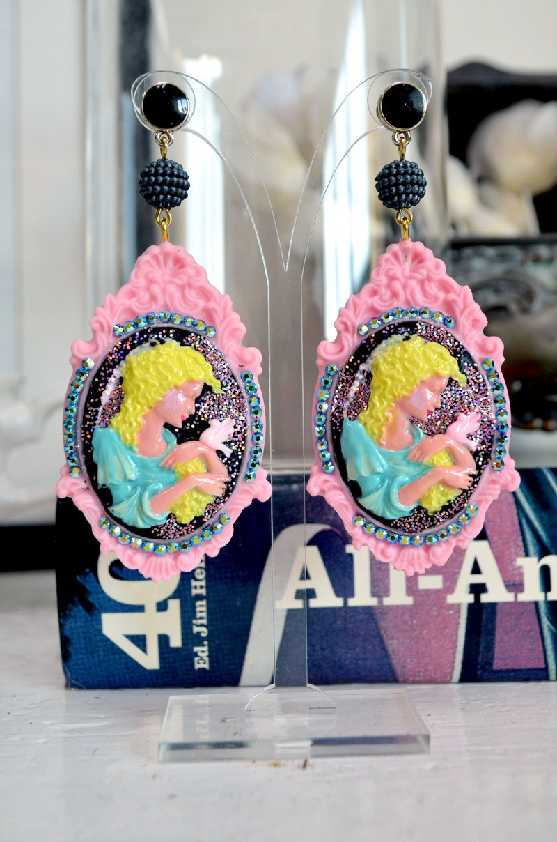 TIMBEE LO hand-painted lady three-dimensional carved picture frame earrings Swarovski crystal
