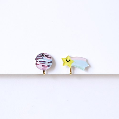 My star! Small universe planet heat shrink film creative hand cute ear clip / earrings Hong Kong, Macao and Taiwan free of charge
