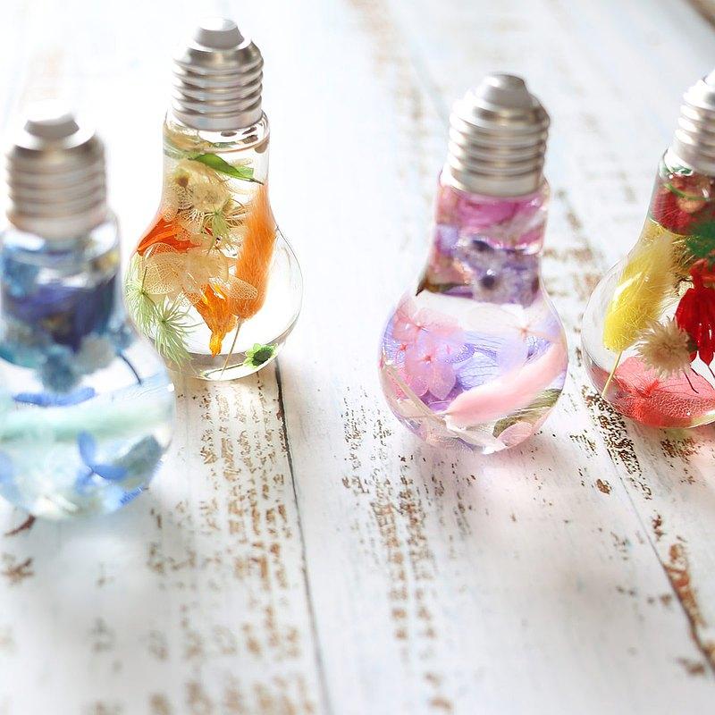 聖誕節小物*F21/浮游花小夜燈/交換禮物首選/造型燈泡/婚禮小物