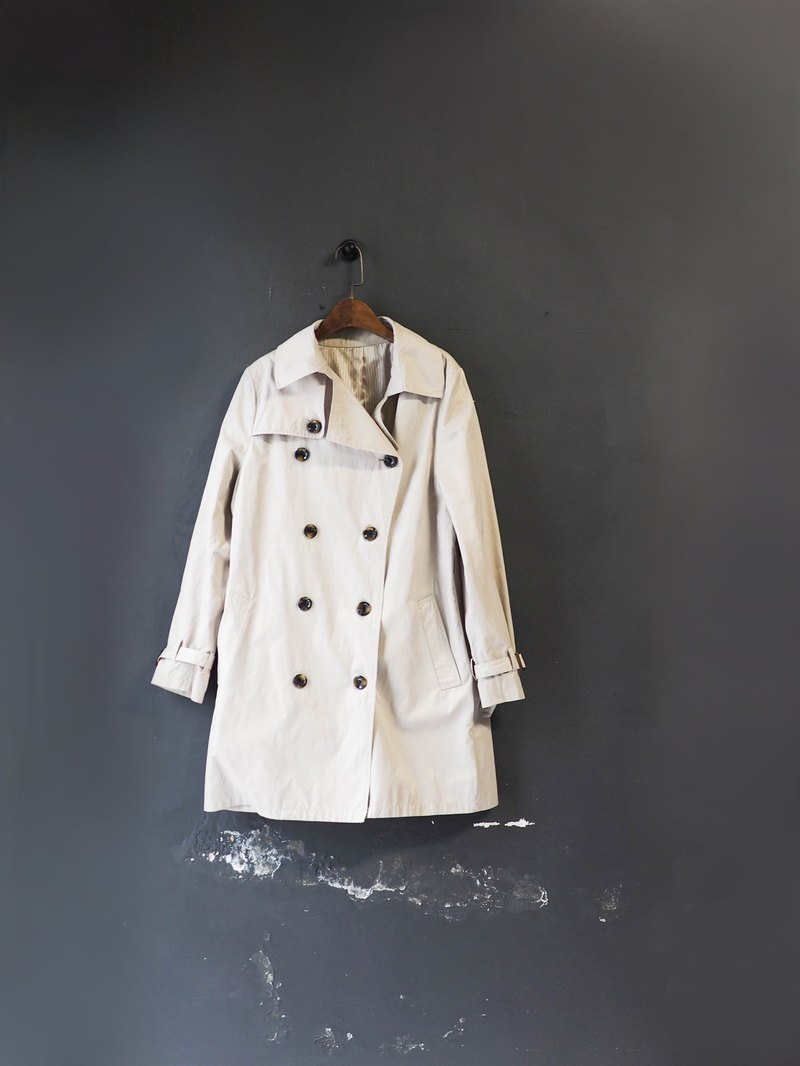 Light beige youth love day afternoon time antique thin material windbreaker jacket dustcoat jacket