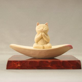 Wood carving cat, Cat to pray sitting in the lotus petals.001222