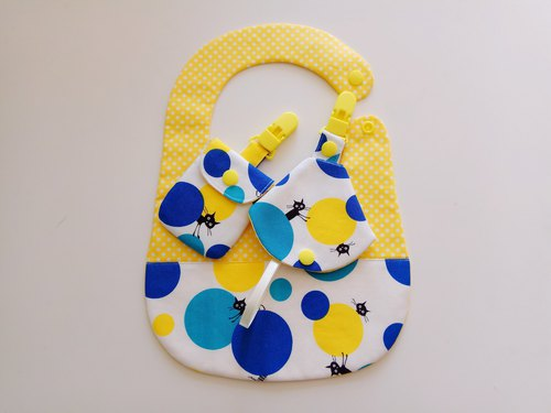 <Blue> Cats play ball gift of the moon baby bib + peace bag + combo nipple clip