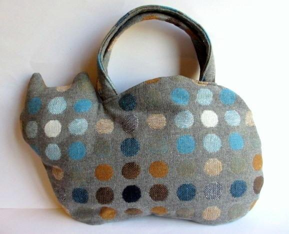 Wool cat of the bag * colorful dots blue