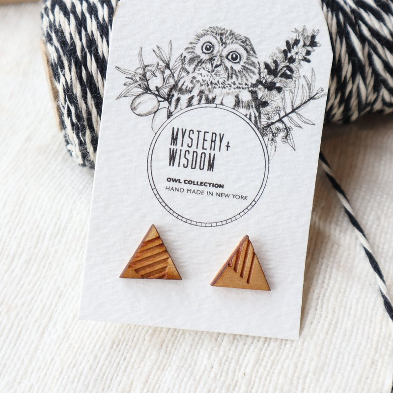 Triangle Stripes Stud Earrings / Piercing