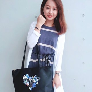 Pinkoi Yomiuri Goods | humming Embroidered Waterproof Shoulder Bag Dumplings