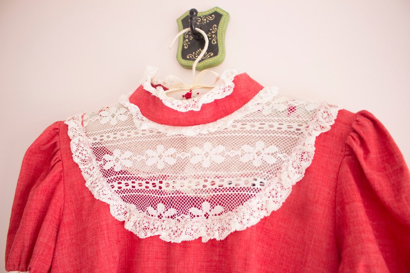 │Flower Girl Retro │60s Ivory Linen Red Dress
